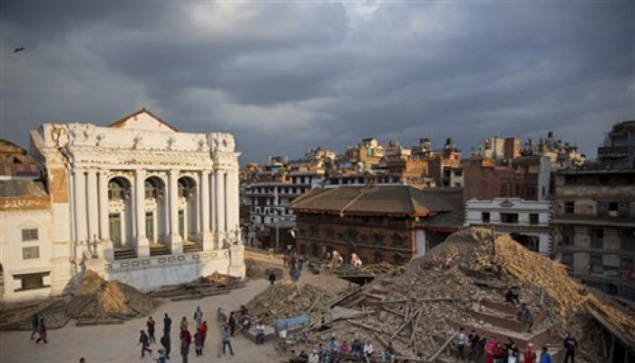 दूरसंचार आपरेटरों ने भूकंप प्रभावित नेपाल के लिए कॉल दरें घटाईं