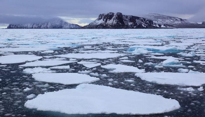 ग्लोबल वार्मिंग : 1970 के बाद आर्कटिक पर सबसे कम बर्फ