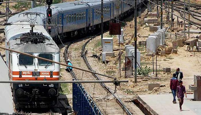 गतिमान एक्सप्रेस को गति पकड़ने में लग सकता है और समय : रेलवे बोर्ड अध्यक्ष