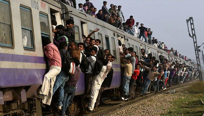 रेलवे की सेहत सुधार के लिए विवेक देबरॉय समिति की सिफारिशें
