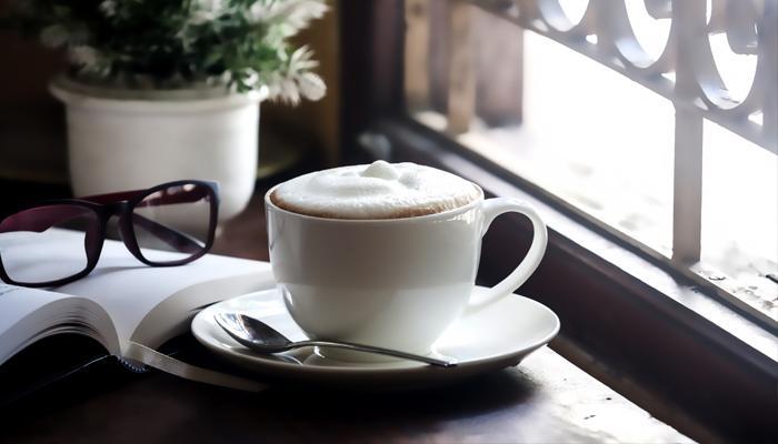 हर रोज तीन कप कॉफी पीने से हृदय रोग का खतरा कम