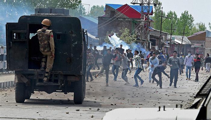 'आतंकवाद की राह पकड़ रहे कश्मीरी युवक, खाड़ी क्षेत्र से आ रहा है धन'