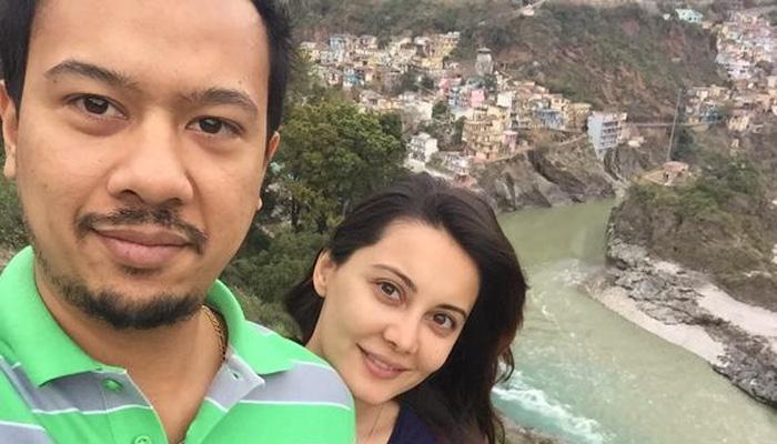अभिनेत्री मिनिषा लांबा ने अपने बॉयफ्रेंड रियान थाम से रचाई शादी