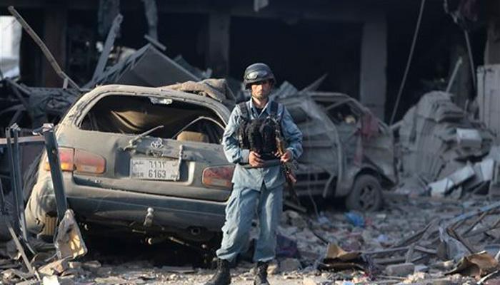 काबुल में दो सुसाइड अटैक, 35 लोगों की मौत