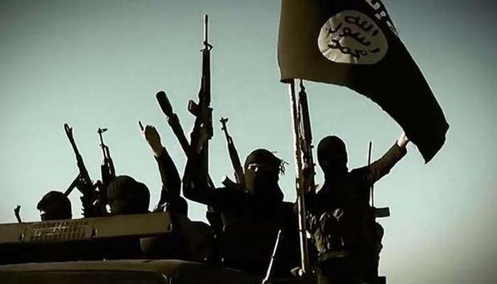 IS ने सिर्ते के लिए युद्ध में 12 लोगों के 'सिर कलम' किए