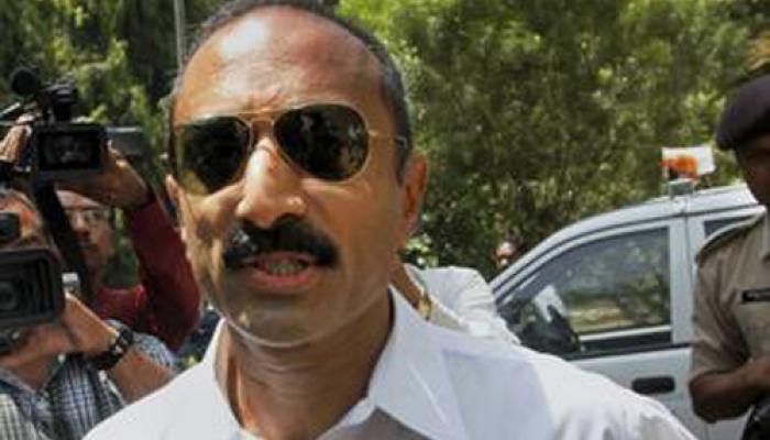 गुजरात सरकार ने 'मनगढंत' आरोप लगाकर उन्हें सेवा से हटाया: संजीव भट्ट