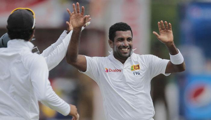 टेस्ट: भारत को 132 रन की बढ़त, गेंदबाजों ने श्रीलंका को दिलाई वापसी