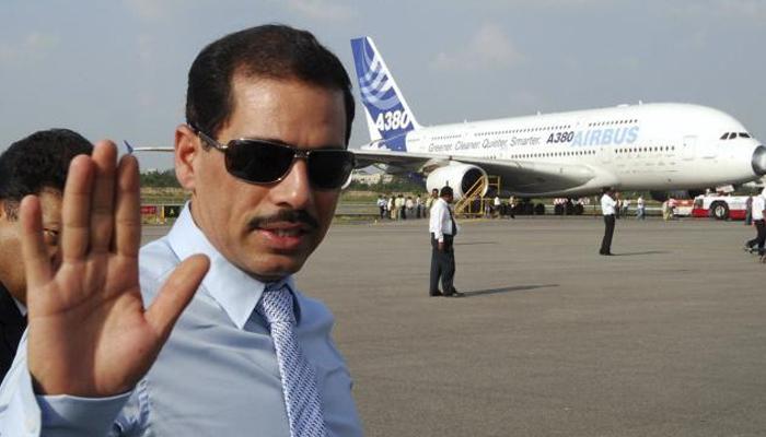 एयरपोर्ट सुरक्षा जांच छूट की लिस्ट से मेरा नाम हटाए सरकार:  राबर्ट वाड्रा
