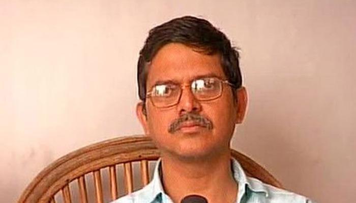 मुलायम के खिलाफ एफआईआर दर्ज नहीं करने पर अमिताभ फिर पहुंचे कोर्ट