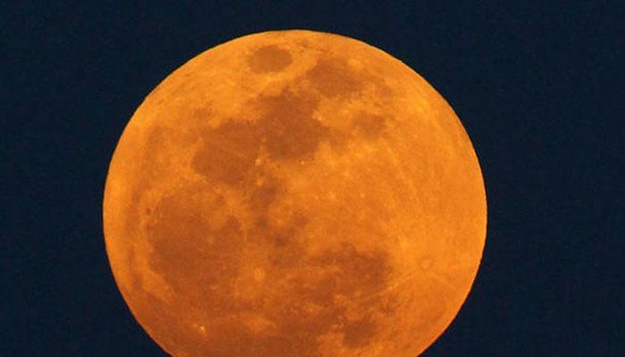 रविवार को आसमान में दिखेगा दुर्लभ खगोलीय नजारा, 'सुपर मून' के साथ पूर्ण चंद्र ग्रहण भी