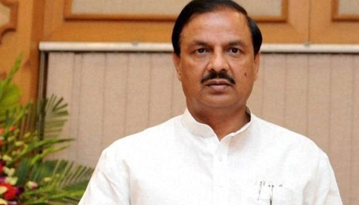 दादरी हत्या मामले को केंद्रीय मंत्री महेश शर्मा ने दुर्घटना करार दिया