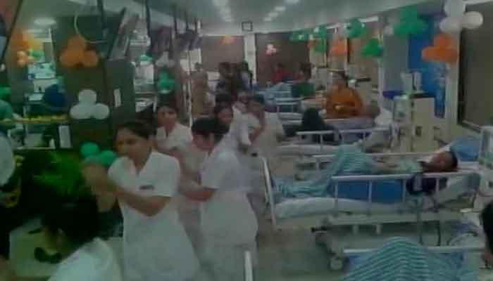 अस्पताल के ICU वार्ड में गरबा, थिरके डॉक्टर और नर्स, हेल्थ मिनिस्टर ने मांगी रिपोर्ट