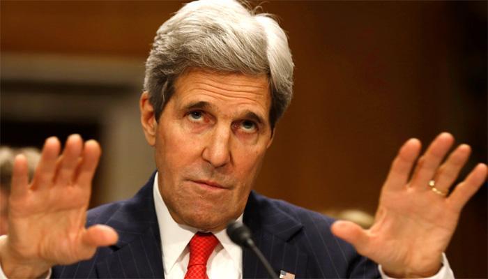 सीरिया युद्ध पर बात करने सउदी पहुंचे अमेरिकी विदेश मंत्री कैरी