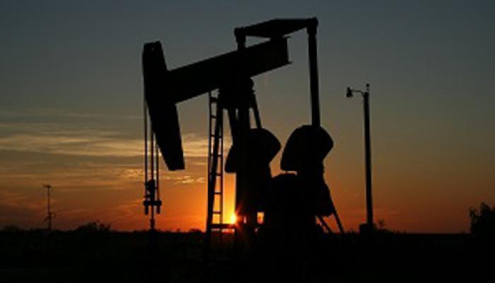 कमजोर एशियाई रुख से कच्चा तेल वायदा कीमतों में 0.26 फीसदी की गिरावट