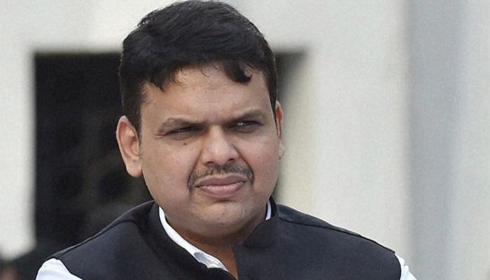 मुख्यमंत्री देवेंद्र फड़नवीस राहत कोष मामला: डांस ग्रुप ने लौटाया धन