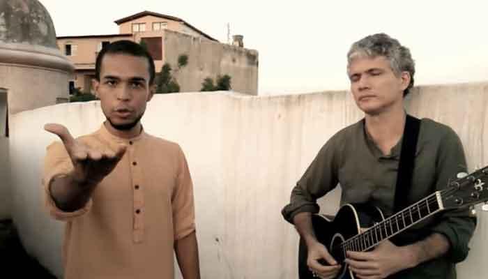 देखें वीडियो: एक ब्राजीलियन युवक ने अनोखे अंदाज में गाया शाहरुख का गाना