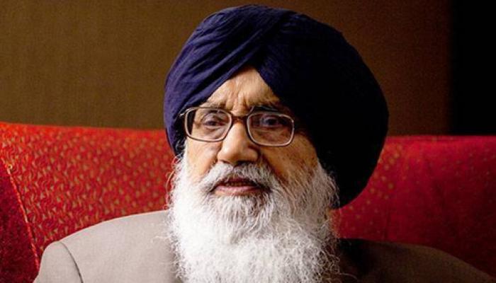 पंजाब में शांति भंग करना चाहती है कांग्रेस : प्रकाश सिंह बादल