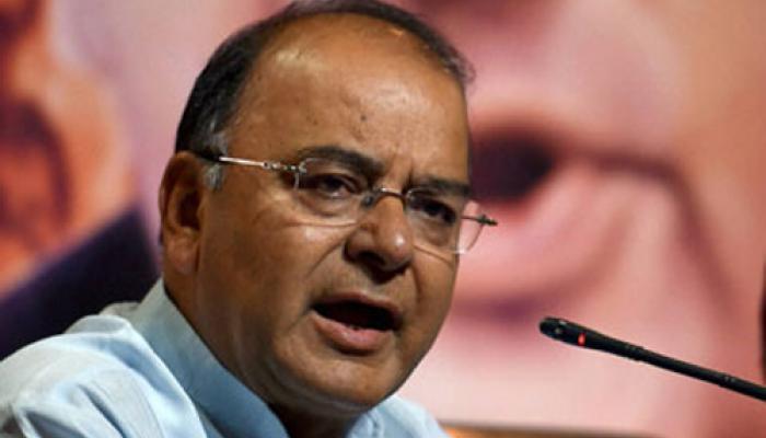 नेशनल हेराल्ड केस : जेटली ने कहा-भारत 'बनाना रिपब्लिक' नहीं है, सोनिया-राहुल कोर्ट का करें सामना