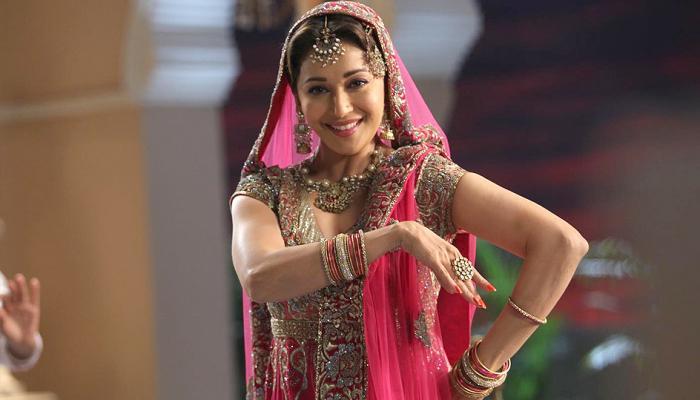 सरोज खान ने मुझे सिखाया बॉलीवुड नृत्य : माधुरी दीक्षित