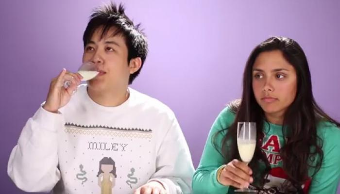 एडल्ट लोगों ने जब चखा ब्रेस्ट मिल्क का स्वाद, देखें VIDEO