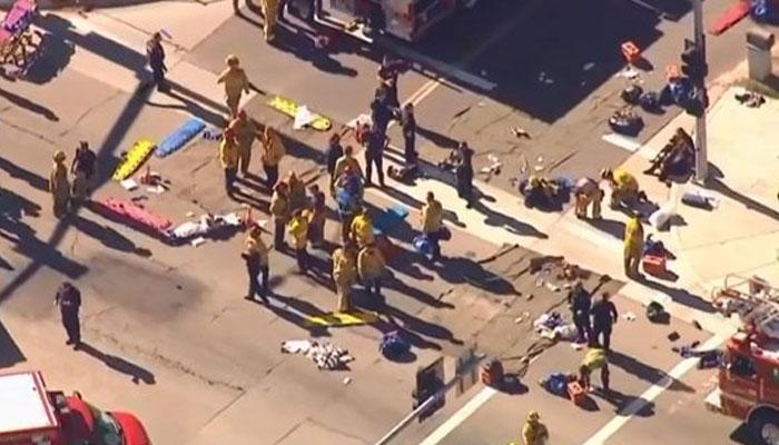 कैलिफोर्निया गोलीबारी: बंदूकों के खरीदार पर लगाए गए आतंकवाद के आरोप