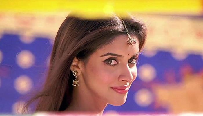 बॉलीवुड अभिनेत्री असिन आज माइक्रोमैक्स के को-फाउंडर राहुल शर्मा के साथ लेंगी सात फेरे