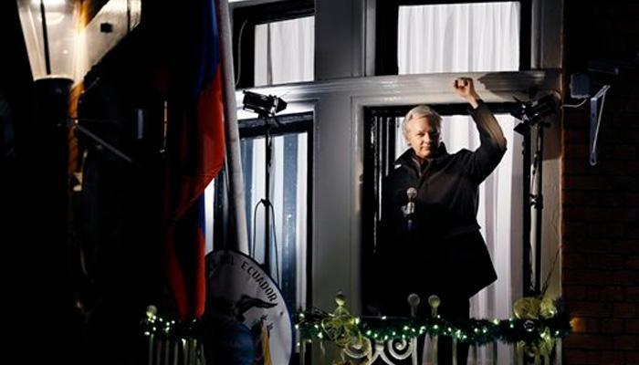 इक्वाडोर दूतावास से निकलने पर असांजे को गिरफ्तार करेगा ब्रिटेन
