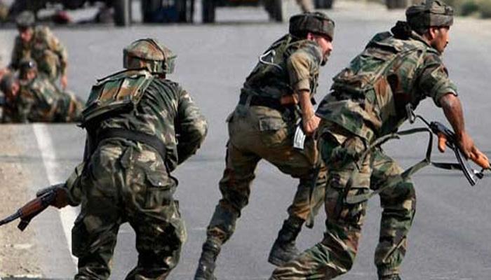 कश्मीर में सुरक्षाबलों के साथ मुठभेड़ में एक आतंकी मारा गया