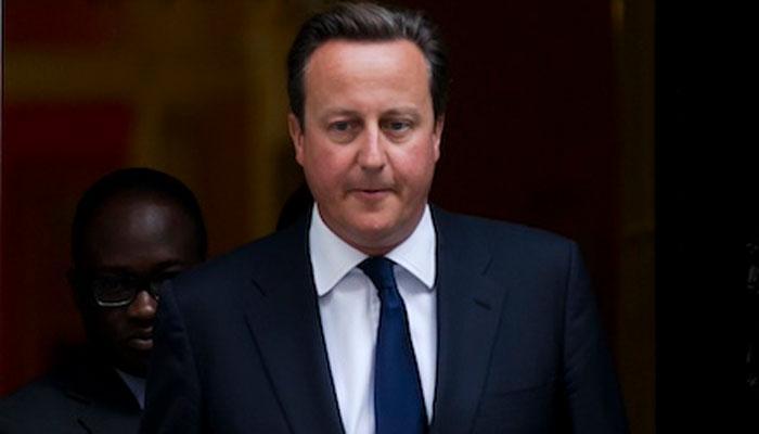 ब्रिटिश PM कैमरन की नीति के खिलाफ मां ने याचिका पर किए हस्ताक्षर