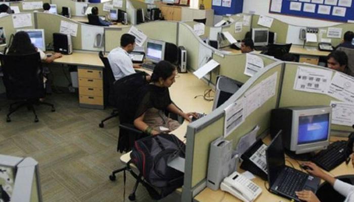 'बैठकर समय बिताते हैं भारत में 38% प्रोफेशनल्स'