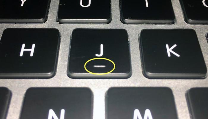 हो गया खुलासा! तो इसलिए कंप्यूटर पर कीबोर्ड के F और J बटनों पर होते हैं उभार