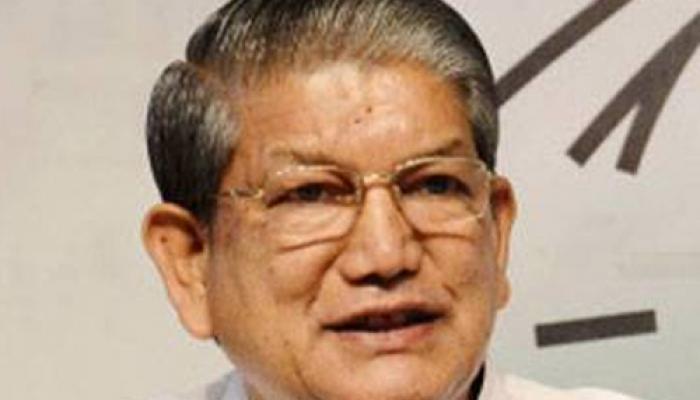 उत्तराखंड में सियासी संकट बरकरार, राष्ट्रपति शासन लगाने पर केंद्र कर रहा विचार