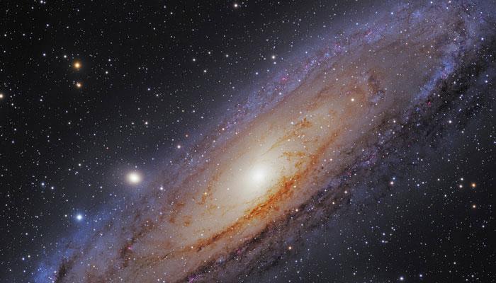 हब्बल ने आकाशगंगा के बीच में खोजे पांच लाख तारे