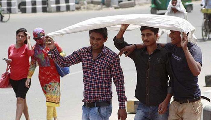 सूरज की तपिश से उत्तर भारत बेहाल, दिल्ली में मौसम का सबसे गर्म दिन