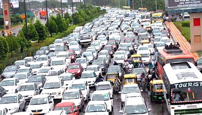 दिल्ली में लगातार दूसरे दिन यातायात बुरी तरह प्रभावित