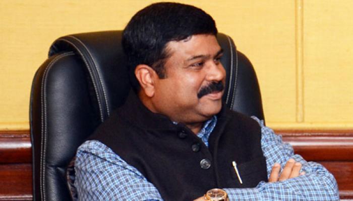 केंद्र सरकार 10,000 नए एलपीजी वितरक नियुक्त करेगी : प्रधान