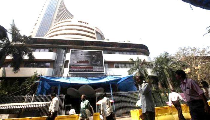 ब्रेक्जिट की 'मार' से सेंसेक्स 1,058 अंक टूटा, घटा 4,00,000 करोड़ रुपये बाजार पूंजीकरण