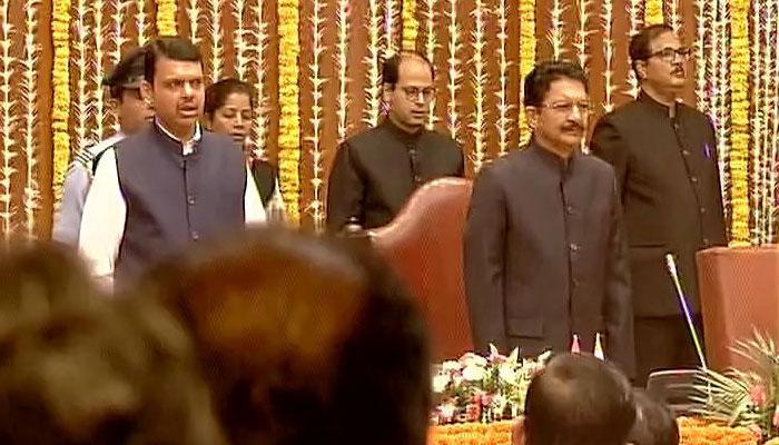 महाराष्ट्र मंत्रिमंडल का विस्तार: 10 नए चेहरे समेत 11 मंत्रियों ने ली शपथ, उद्धव ठाकरे समारोह में शामिल नहीं हुए