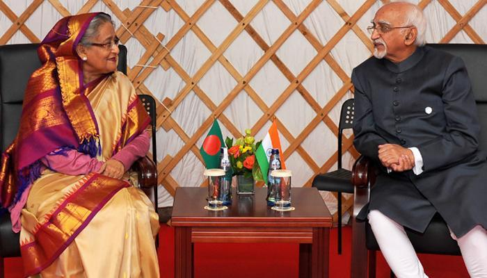अंसारी ने बांग्लादेश की पीएम हसीना से मुलाकात की