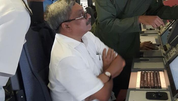 लापता विमान एन-32 की तलाश जारी, पर्रिकर ने किया एरियल सर्वे