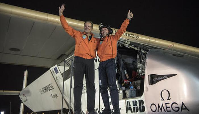 सौर ऊर्जा से उड़ने वाले विमान से दुनिया का पहला चक्कर लगाने वाले पायलट की यूएन महासचिव ने की सराहना