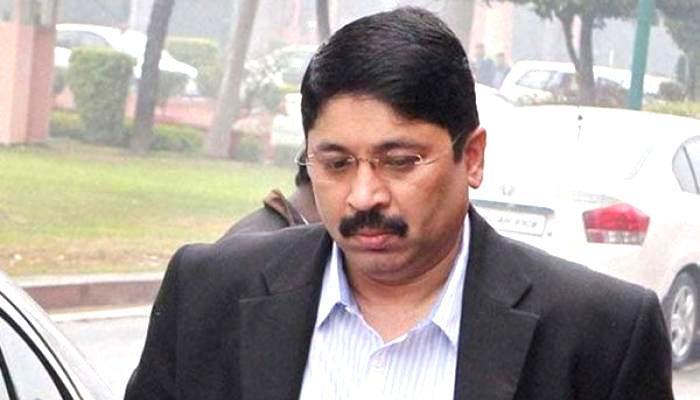 स्पाइसजेट मारन विवाद:अदालत ने एयरलाइन को अदालत में 579 करोड़ रुपए जमा कराने को कहा