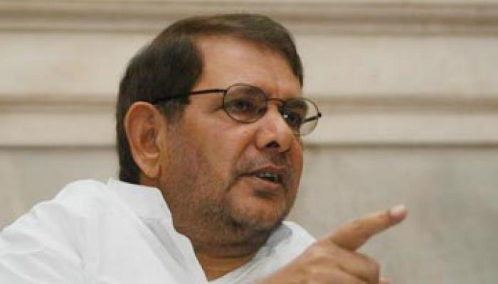 कांवड़ियों पर शरद यादव ने दिया विवादित बयान, भाजपा ने निशाना साधा
