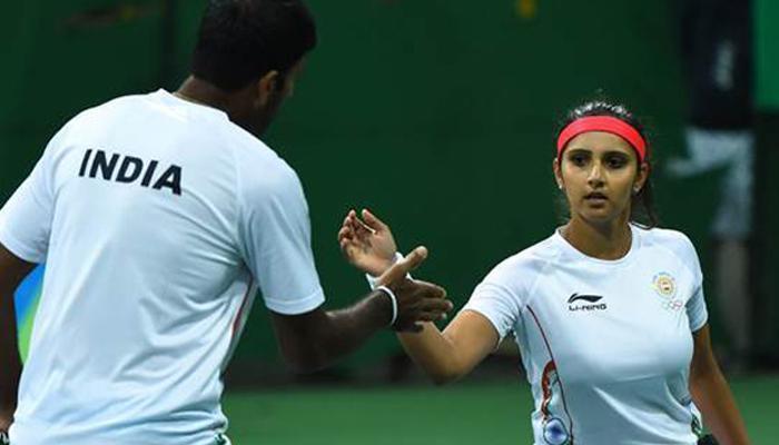 रियो ओलंपिक: भारत के लिए पदक की आस जगी, मिक्सड डबल्स के सेमीफाइनल में पहुंचे में सानिया-बोपन्ना