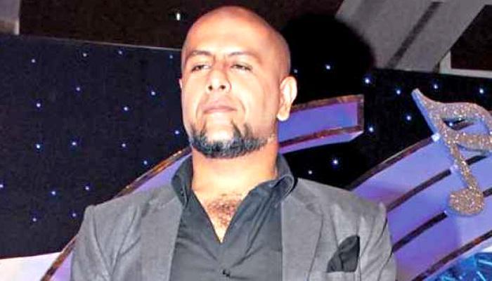 जैन मुनि पर विवादित ट्वीट मामले में विशाल डडलानी और पूनावाल के खिलाफ केस दर्ज