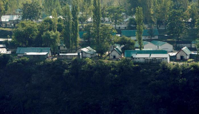 उरी में सैन्य शिविर केवल कंटीले तारों से घिरा, कोई दीवार नहीं, यहीं से कैंप में घुसे आतंकी