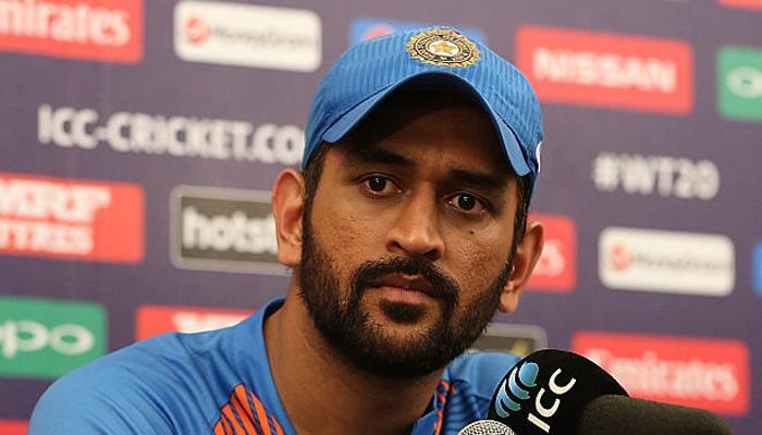 महेंद्र सिंह धोनी को कप्तानी से हटाने पर चर्चा हुई थी: संदीप पाटिल
