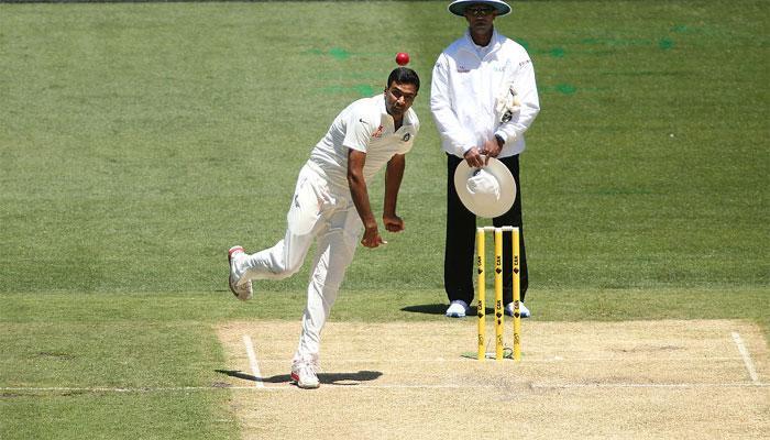 अश्विन के जाल में फंसे कीवी, भारत जीत से 6 विकेट दूर