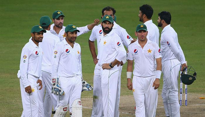 डेरेन ब्रावो के शतक के बावजूद पाकिस्तान ने दिन-रात का टेस्ट जीता
