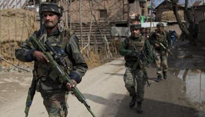 जम्मू-कश्मीर: बारामूला में सेना का सर्च ऑपरेशन जारी, आतंकियों के छिपे होने की सूचना